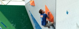 Jorg Verhoven climbing during the semifinals