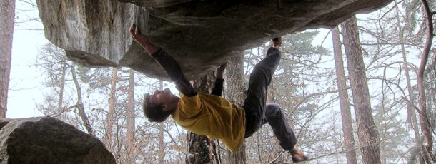 Smauel Ometz climbing The Dagger 8N+. Pic from his facebook page.